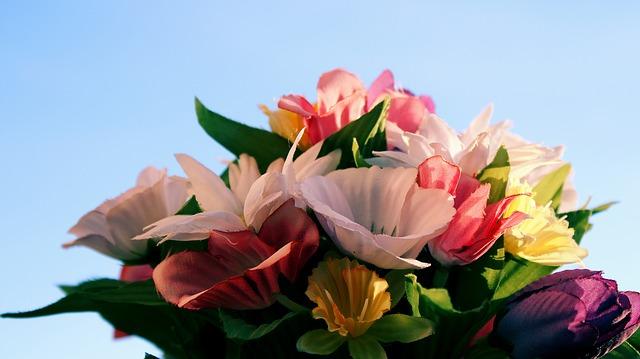 comment nettoyer des fleurs artificielles